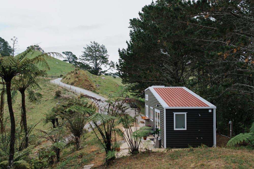Tiny House Roof - Cherry Picker Tiny House by Build Tiny