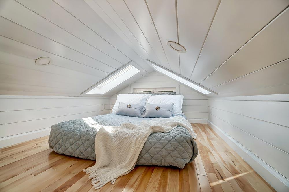 Bedroom Loft - Rainier by Modern Tiny Living