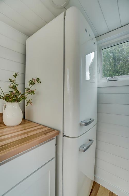 SMEG Retro Refrigerator - Rainier by Modern Tiny Living