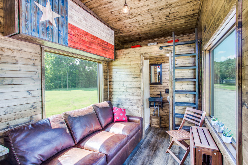 Texas Flag Decoration - Thoreau by Indigo River Tiny Homes