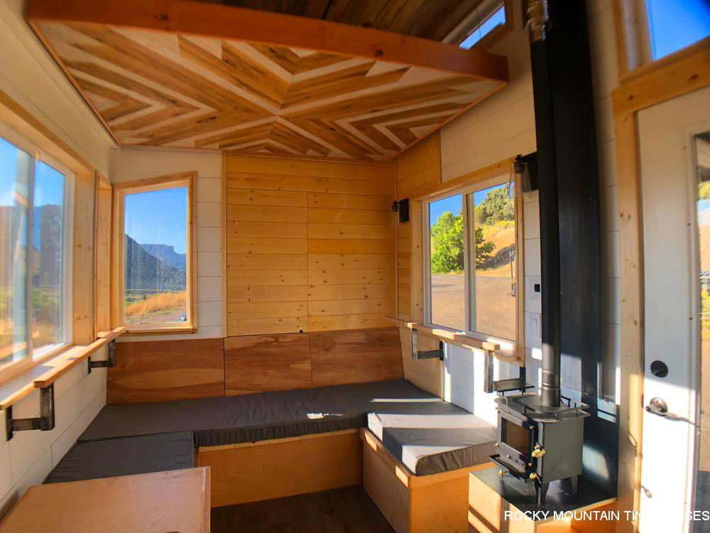 Elevator Bed - Timberwolf by Rocky Mountain Tiny Houses