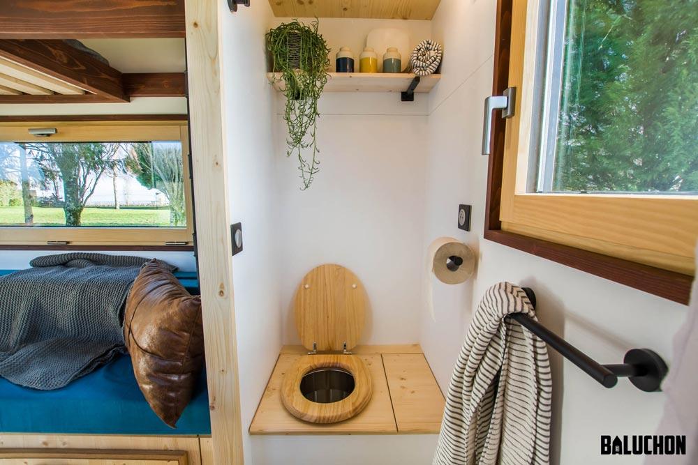 Dry Toilet - Nano by Baluchon