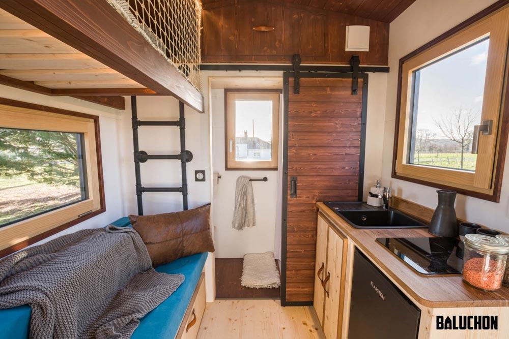 Kitchenette & Living Room - Nano by Baluchon