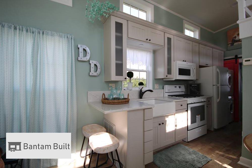 Upgraded Kitchen - DeeDee by Bantam Built