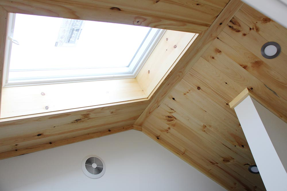 Skylight - Kinderhook by B&B Micro Manufacturing