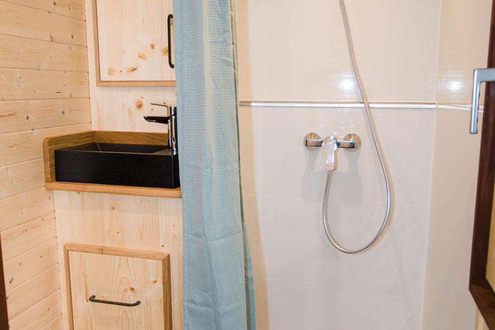 Sink & Shower - Mogote by Baluchon
