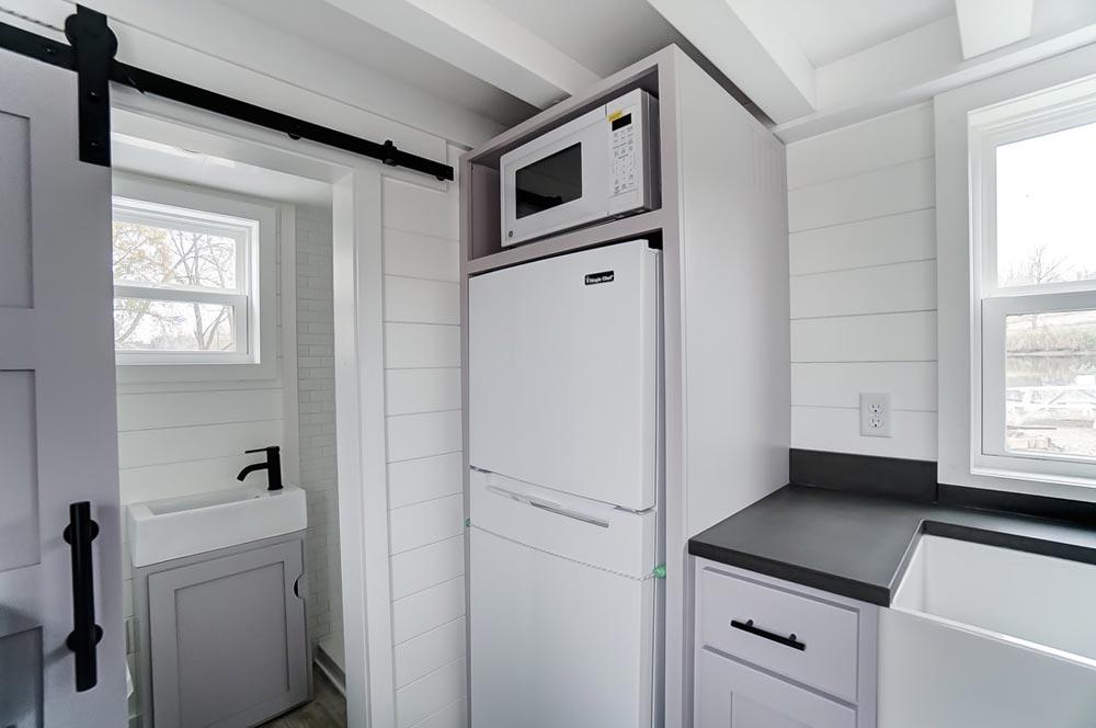 Refrigerator & Microwave - Niagara by Modern Tiny Living