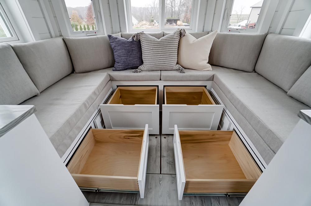 Storage Space - Niagara by Modern Tiny Living