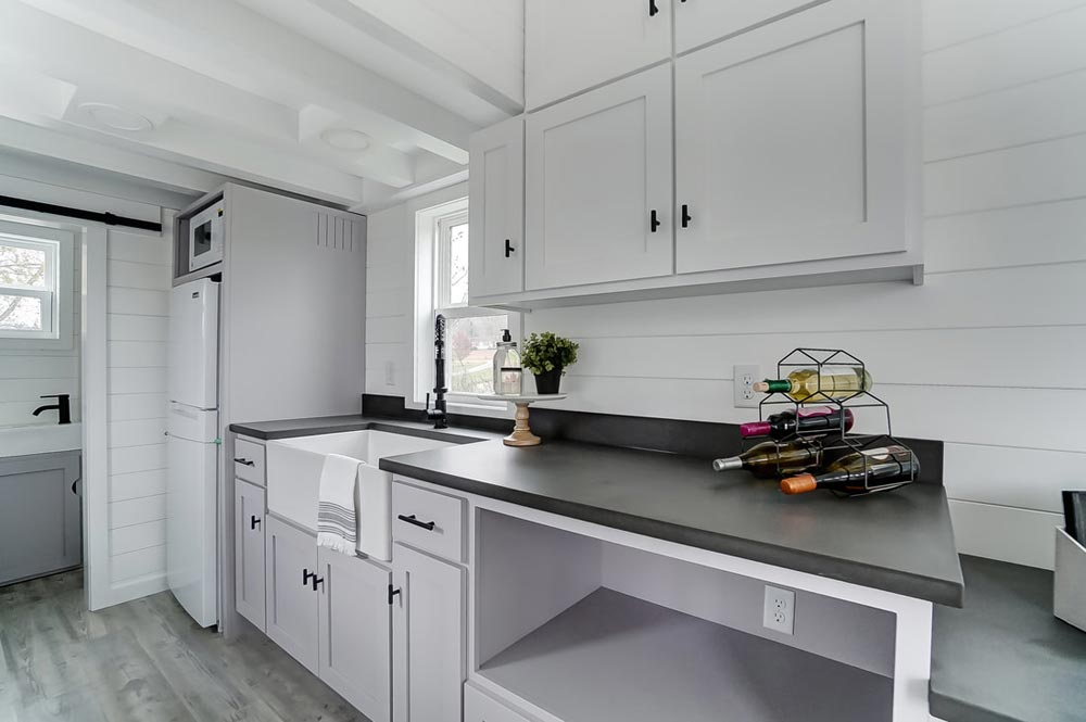 Polished Concrete Countertops - Niagara by Modern Tiny Living