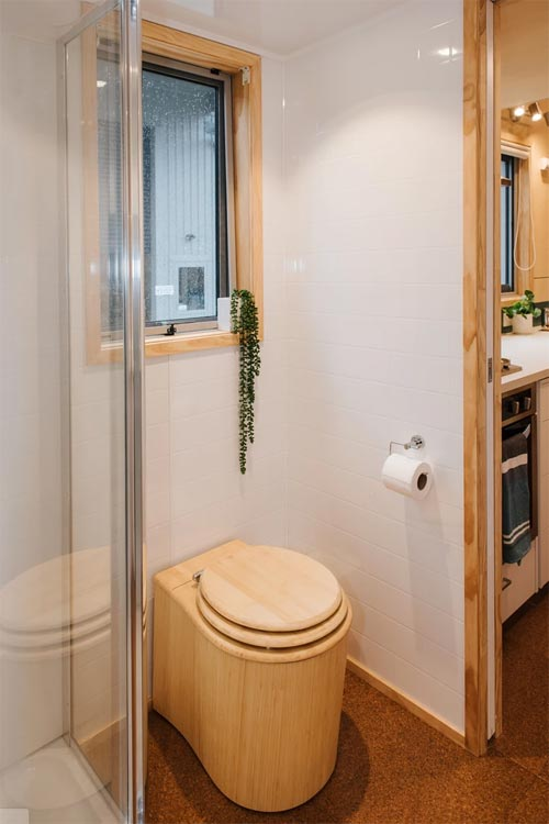 Bambooloo Composting Toilet - Sonnenschein Tiny House by Build Tiny