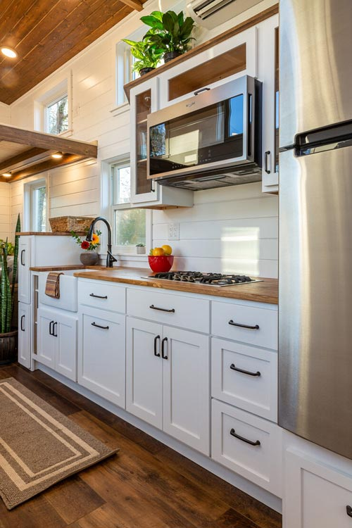 Kitchen Appliances - Nicole's Tiny House by MitchCraft Tiny Homes