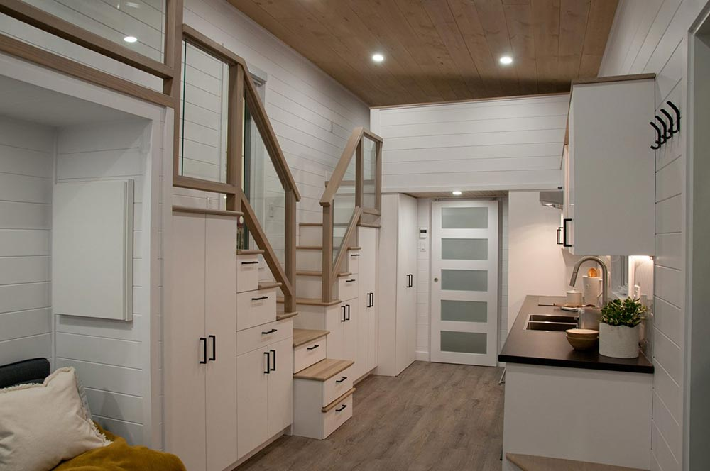 Dual Storage Staircase - Charme by Minimaliste